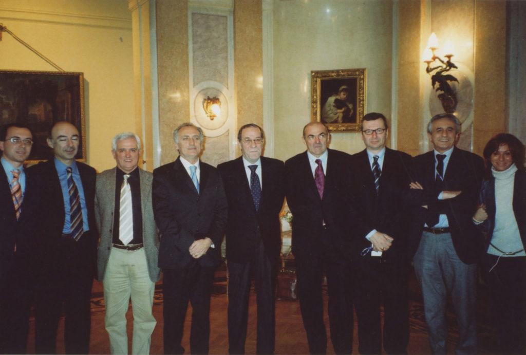 https://consorziopiacenzalimentare.com/wp-content/uploads/2020/10/missione-prodexpo-2007-11-13_02-Mosca-1024x691-1.jpg